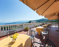 hotel_jaccarino_hotel_a_sant_agata_sui_due_golfi_massa_lubrense_sorrento_foto_terrazza_d